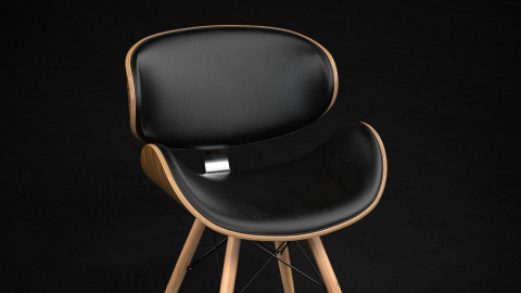 Corvus madonna chair